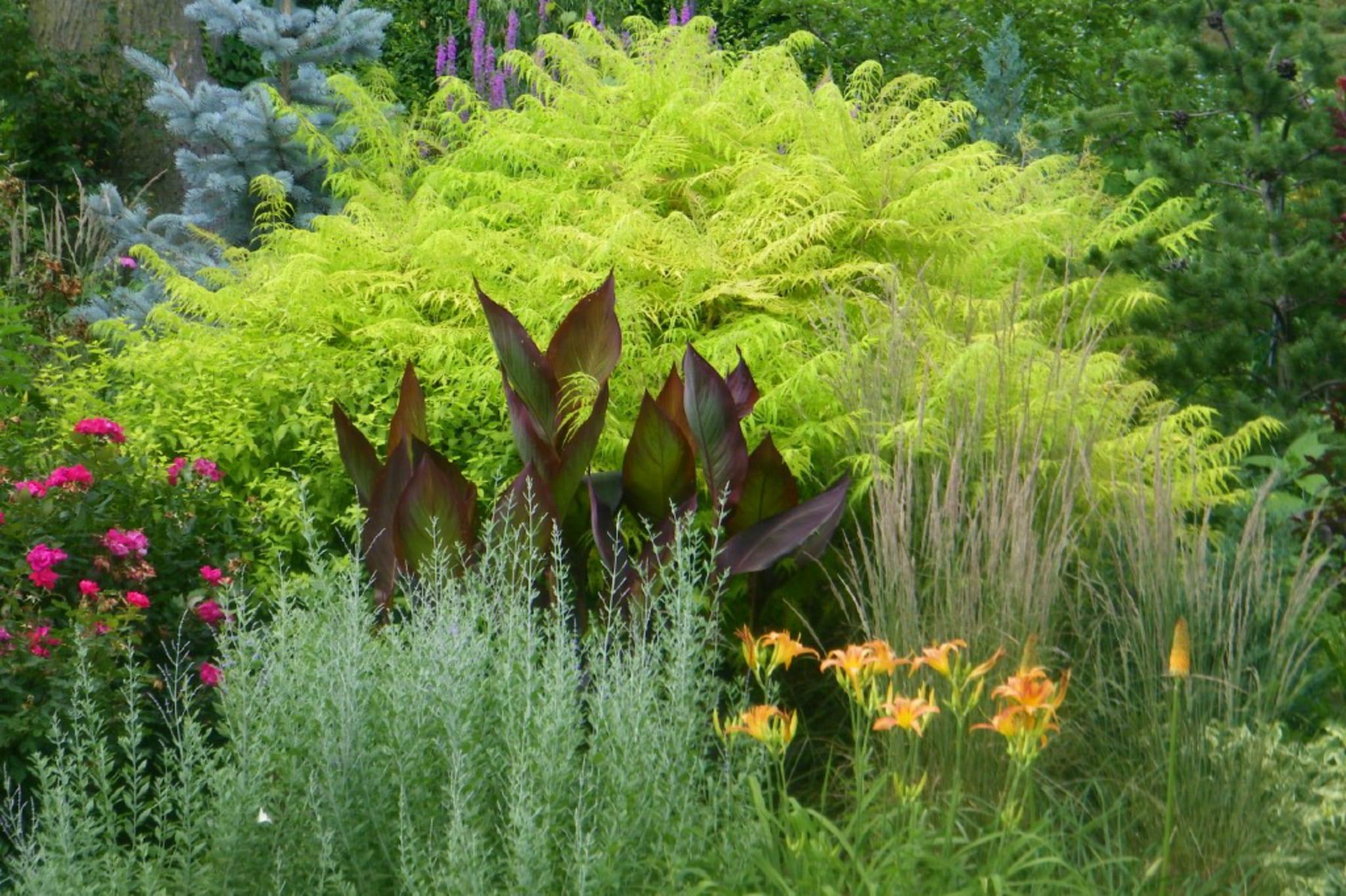 Milwaukee Event Venues Sanger House Gardens Breathtaking